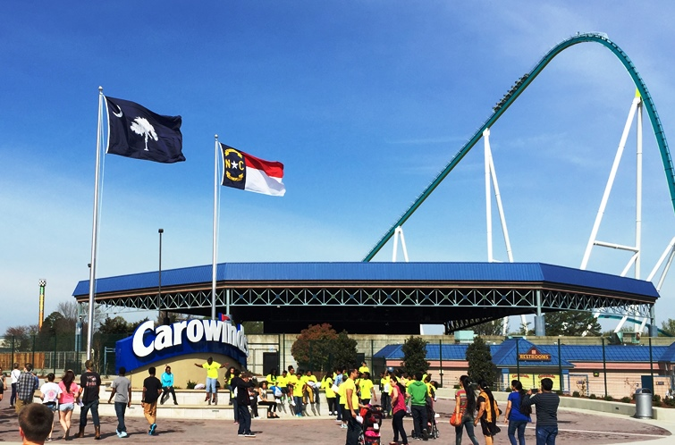 Entrance to Carowinds Park in Charlotte, NC - IncredibleNC